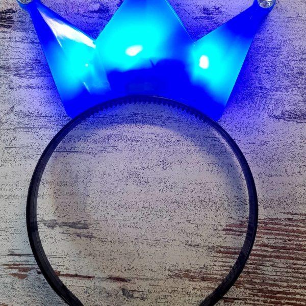 Krone blau leuchtend bearbeitet